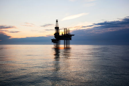 Plataforma de estação de petróleo em alto-mar