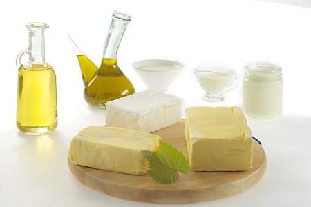 A margarina é produzida a partir de reações de hidrogenação de óleos vegetais, que é um tipo de reação de adição