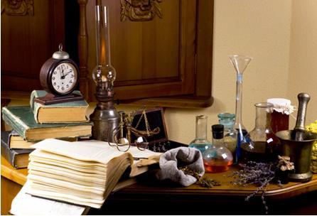 Apesar de conter superstições e misticismo, a alquimia ajudou no desenvolvimento de técnicas de laboratório usadas até hoje na Química