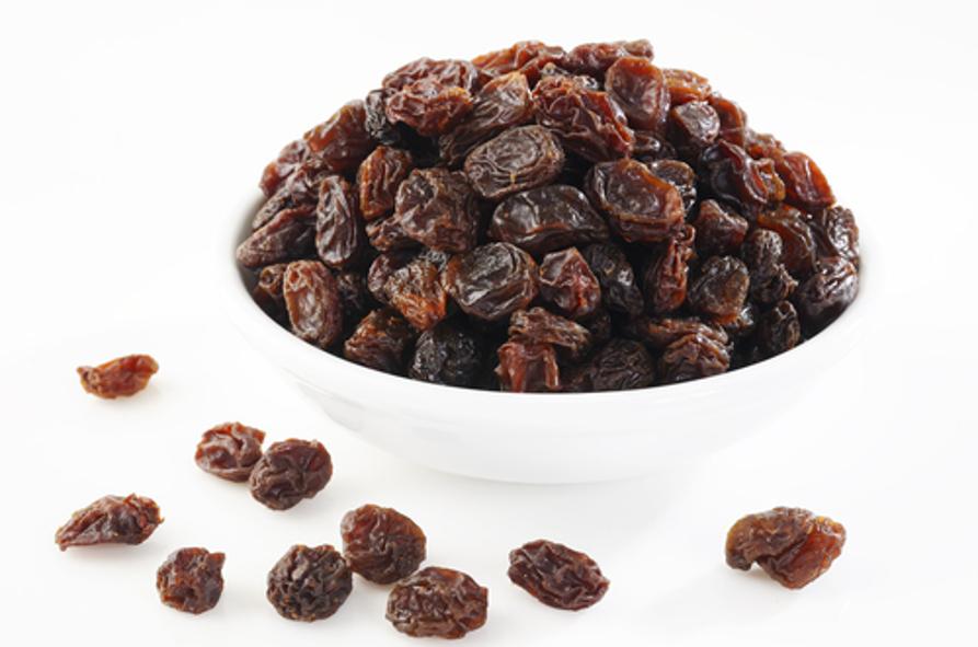 As uvas-passas são mais ou menos densas que a água?