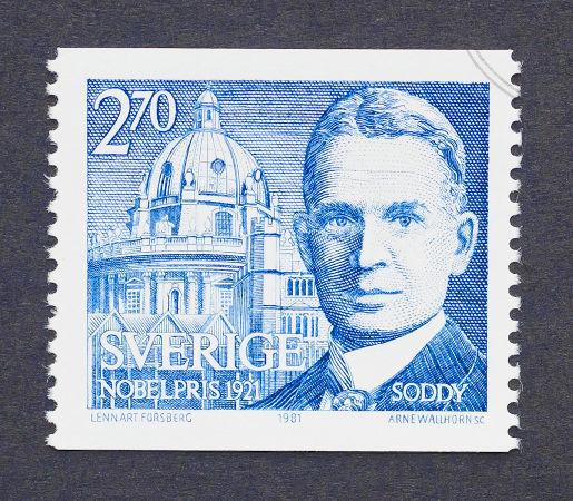 Frederick Soddy, químico inglês que desvendou o comportamento dos átomos na emissão de partículas radioativas*