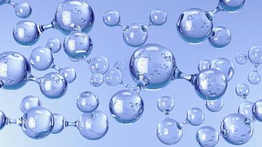 Muitas propriedades importantes da água devem-se em grande parte à geometria angular de suas moléculas