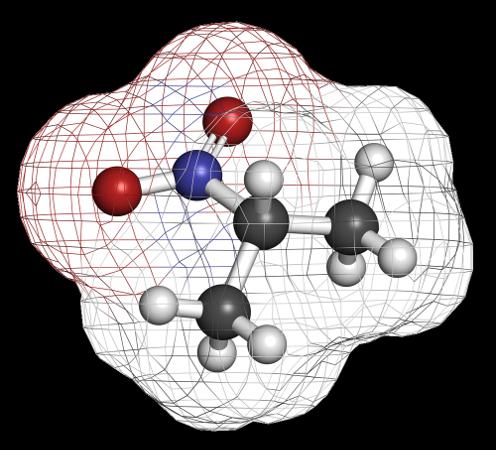 O 2-nitropano é um solvente que pode ser formado em reação de substituição com alcanos