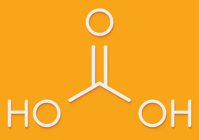 O ácido carbônico pode ser formado em reações com óxidos