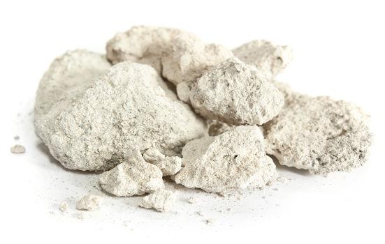 O carbonato de cálcio é um sal que pode ser obtido a partir de reações com óxidos