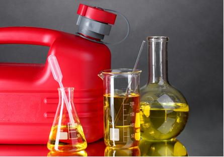 O conhecimento da constituição química da gasolina permite melhorar a qualidade desse combustível