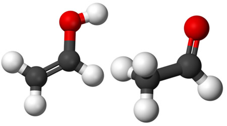 O etenol e o etanal realizam um tipo de isomeria plana dinâmica denominada de tautomeria
