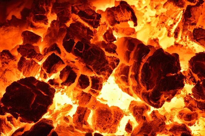 O processo de combustão é um exemplo de tipo de entalpia