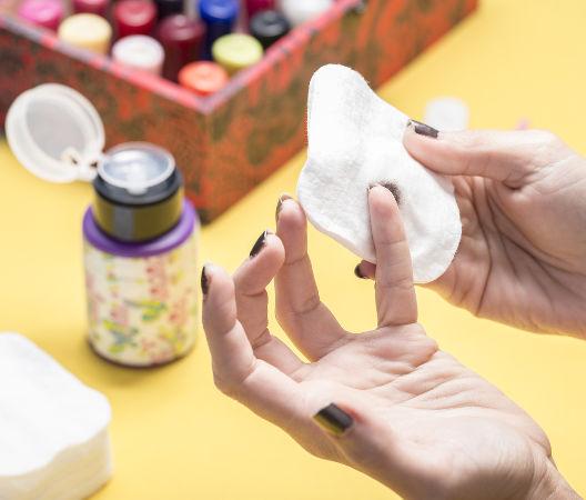 Propanona é o nome oficial da substância removedora de esmalte